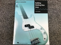 Building Walking Bass Lines with Audio Access Included (HL00695008)