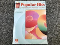 Popular Hits: Bass with CD Included (HL07011327)